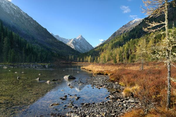 Нижнее озеро на Малом Кулагаше - Катунский хребет