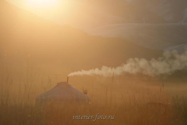 Юрта на озере Толбо - Монголия