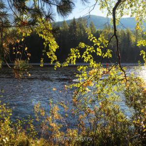 Осень на реке Ус в Саянах