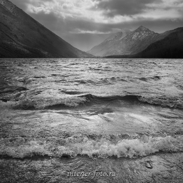 Ветренный день на Мультинском озере