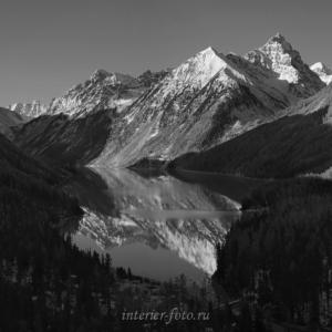 ЧБ фотография Кучерлинское озеро утром