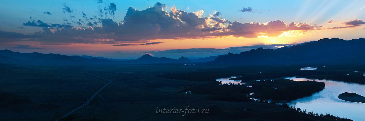 Закат на Енисее в Туве