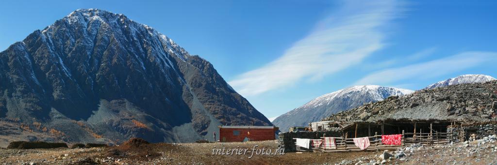 Стоянка тувинцев под горой Шивет-Хайрхан - Цаган-Гол