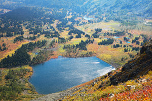 Озеро Круглое сверху - Кузнецкий Алатау