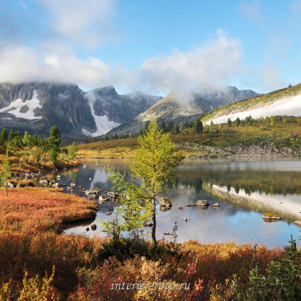 Осень на озере Круглом в Кузнецком Алатау