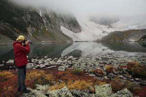 Озеро под перевалом Тронова - Поднебесные Зубья