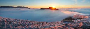 Рассвет в горах Кузнецкого Алатау с пика Стена