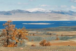 Озеро Хурган-Нуур в Монгольском Алтае