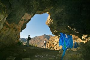 В пещере Хойд Цэнхэрийн агуй - Монгольский Алтай