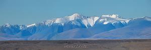 Вид на Южно-Чуйский хребет. Красная горка