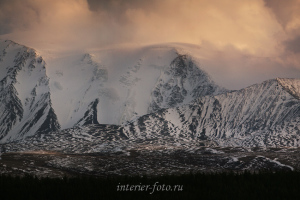 Закатный свет на Монгун-Тайге - Западная Тува