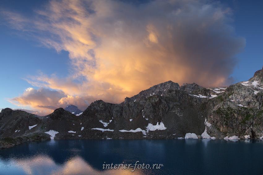 Рассвет на Софийских озерах