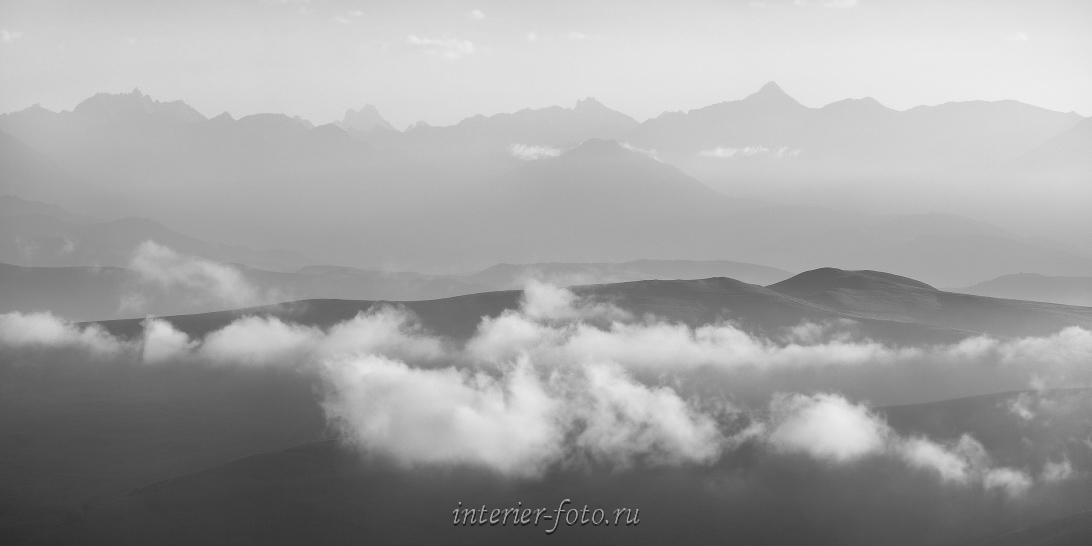 Черно-белое фото Кавказ