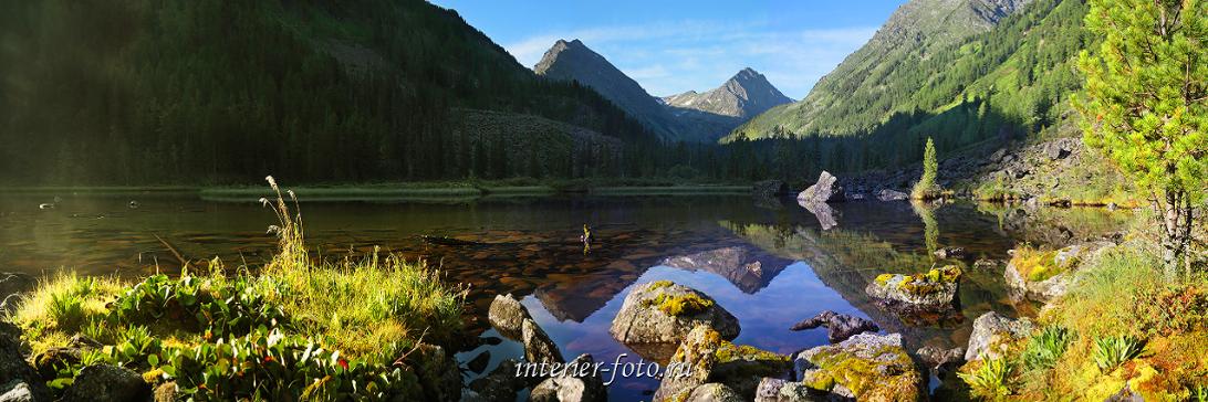 Прекрасные пейзажи горного озера
