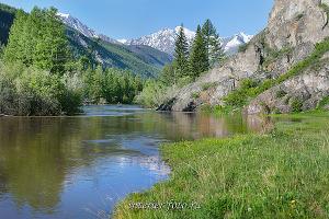 Река Чуя и Северо-Чуйский хребет