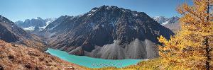 Панорамное фото Шавлинское озеро на Алтае