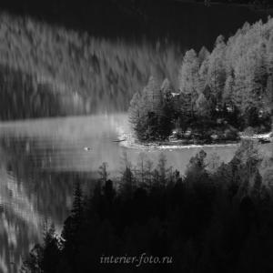 ЧБ фотография Кучерлинское озеро