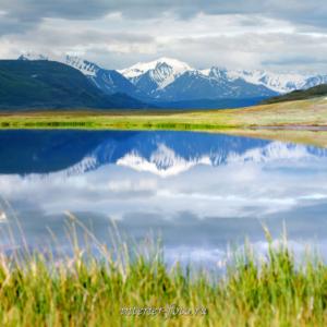 В сторону хребта Южный Алтай на плато Укок