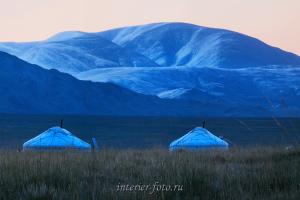 В районе озера Толбо - Монголия