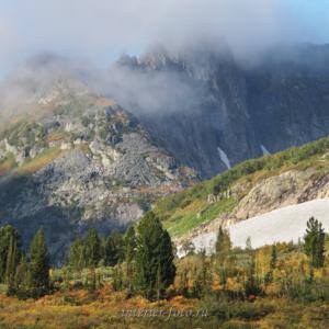 Вершины в облаках - Поднебесные Зубья