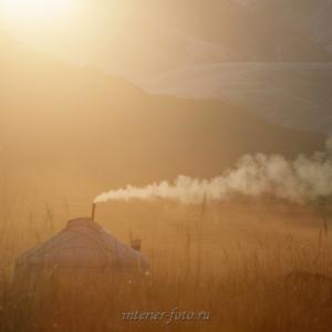 Юрта в районе озера Толбо-Нуур