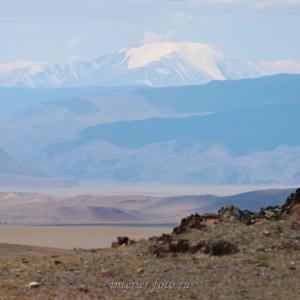Гора Цэнгэл-Хайрхан