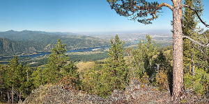 Вид в сторону Саяногорска с горы Амай