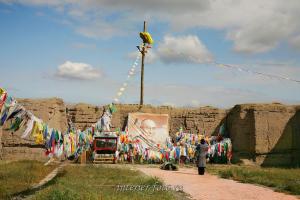 Развалины буддийского монастыря Устуу-Хурээ - Тува