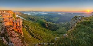 Закат на плато Бермамыт