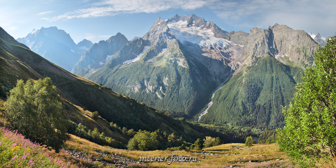 Вид со склонов горы Мусса-Ачитара