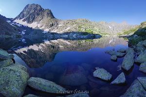 Верхнее Крепкое озеро на Алтае