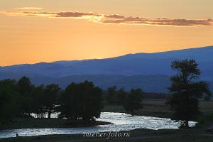 Закат в Курайской степи