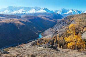 Северо-Чуйский хребет над долиной Чуи